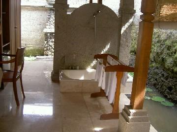ガーデンヴィラのバスルーム