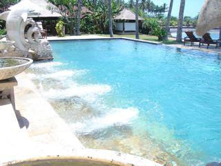 チャンディビーチコテージのプール