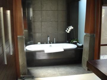 kayana_Bathroom