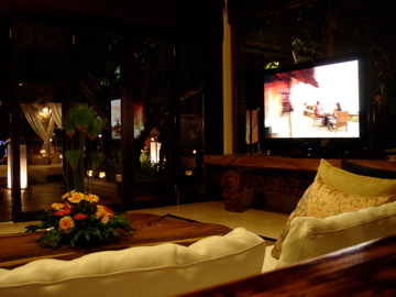 ayana_living room