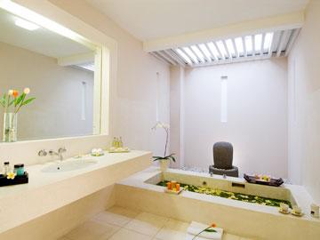 カムエラ バスルーム
