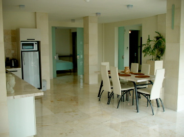 out18_3bed